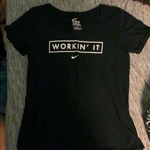Nike Tee shirt Workin' IT